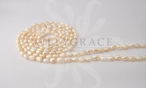 White fresh water pearl string